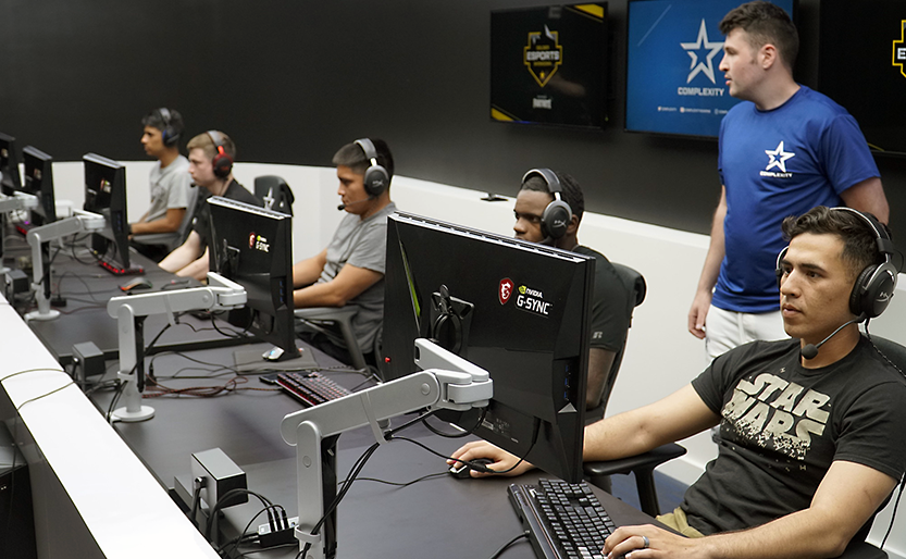 Two weeks after professional gamers visited Fort Bliss, Texas, to see how Soldiers train and live, the tables were turned when 15 Soldiers visited Complexity Gaming headquarters at the GameStop Performance Center near Dallas to experience the life of a professional esports gamer.