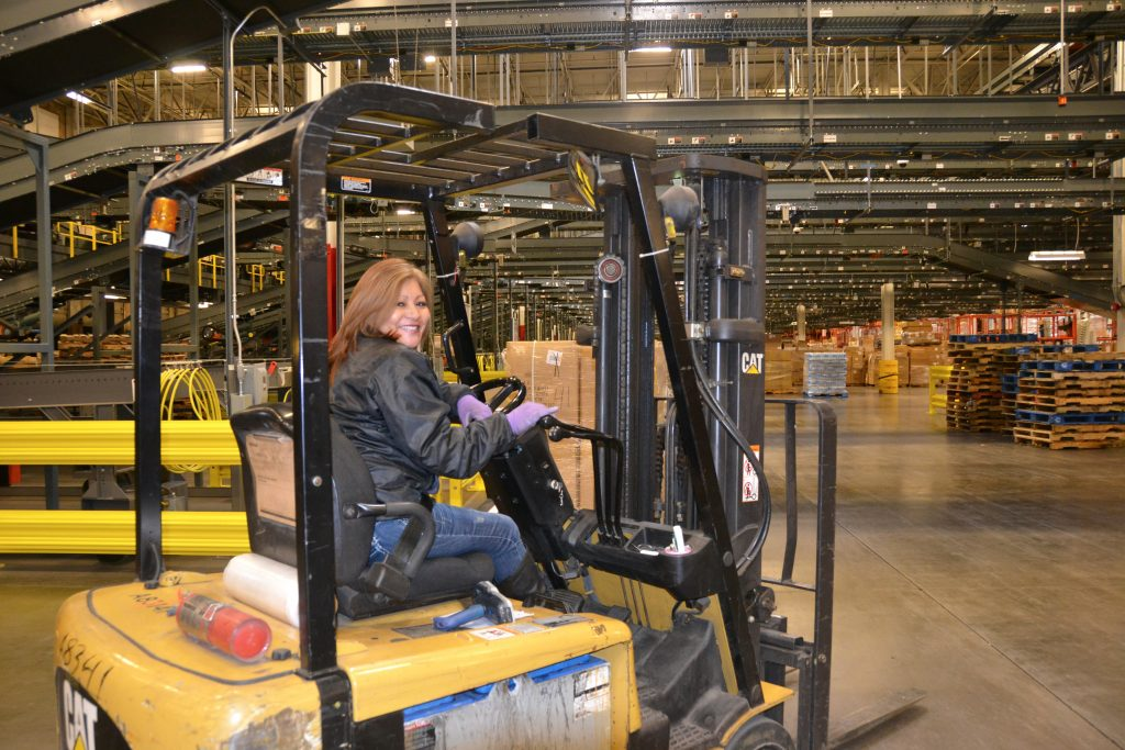 Distribution Center associate
